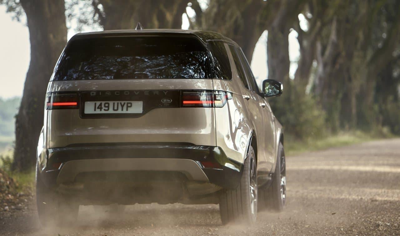 ランドローバー「ディスカバリー」に2022年モデル エンジン・ ランナップを刷新