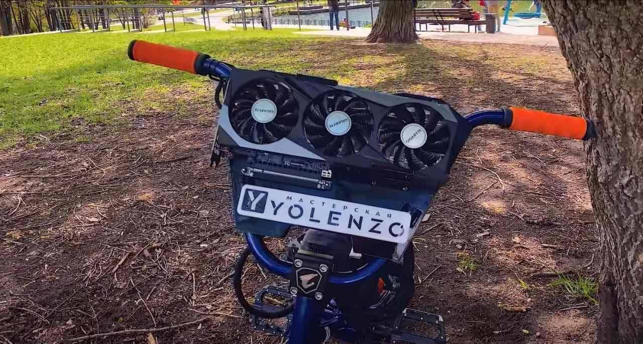 楽しみ2倍!ゲーミングPCが搭載された自転車「Exo Giga Bike」