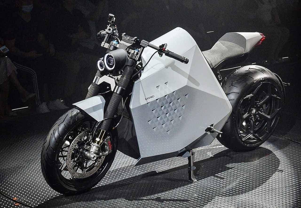 1,000ccのガソリンバイクに匹敵するパフォーマンス 電動バイクDavinci「DC100」「DC Classic」