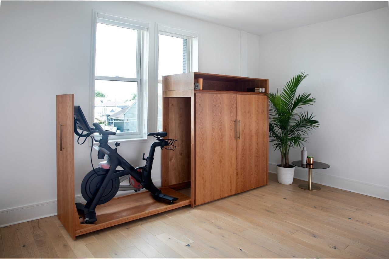 米国で人気!エアロバイクPELOTON「BIKE+」用のファーニチャー「boitier for bike」