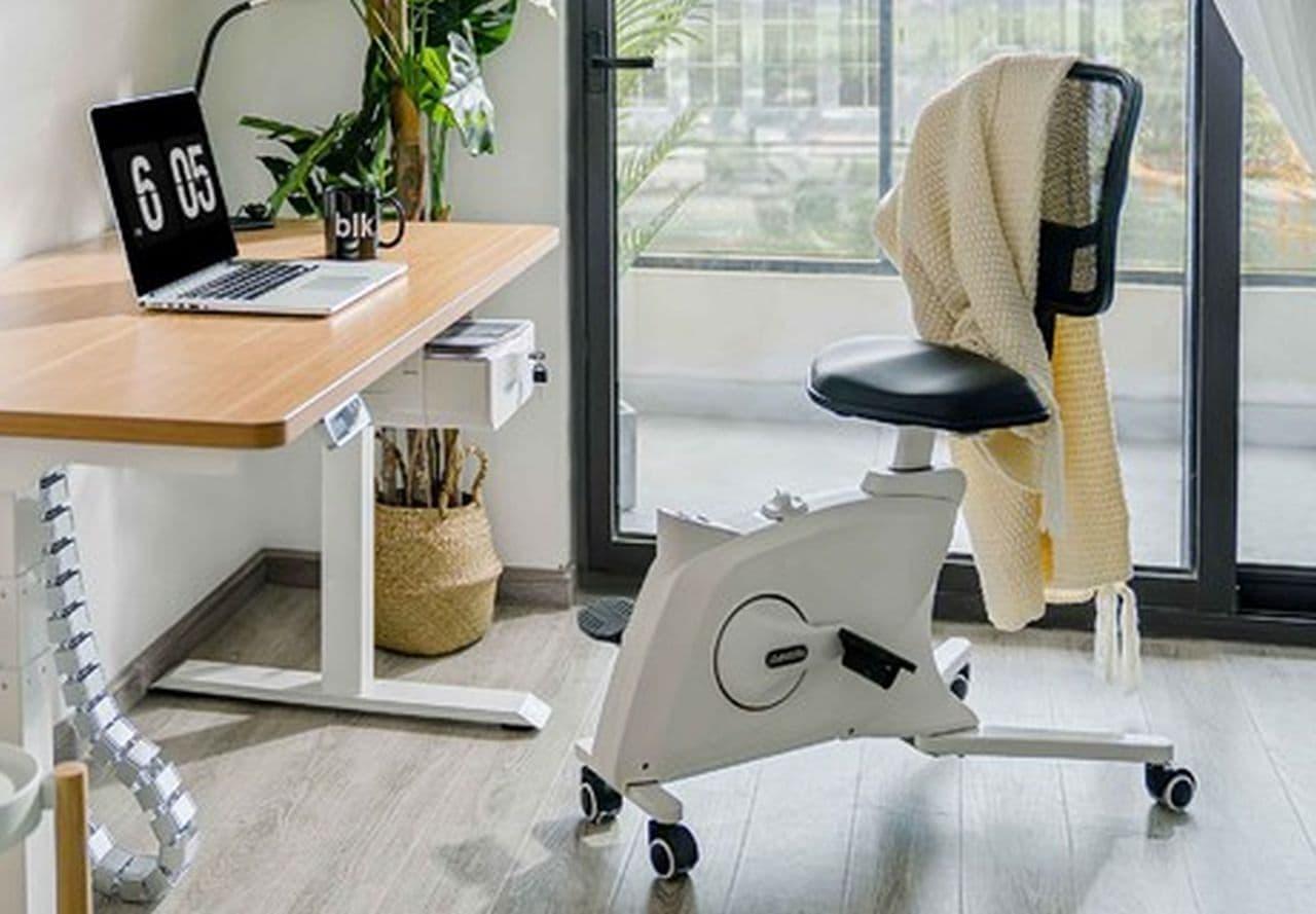 仕事をしながらエクササイズ 背もたれ付きのエアロバイクFLEXISPOT「Sit2Go FC211」