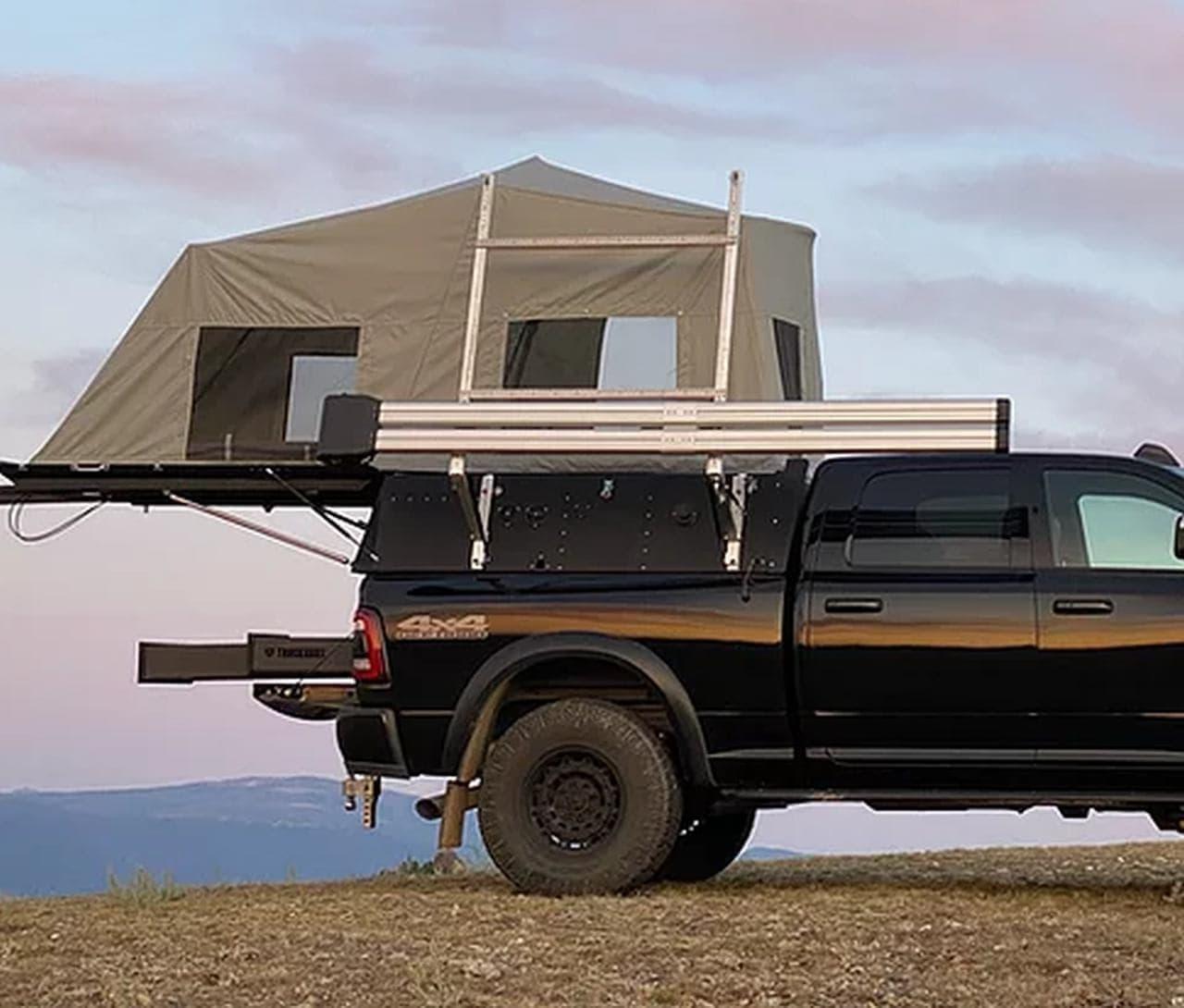後ろに開いて居住空間を拡大 トヨタ「タコマ」などをキャンピングカーにするSKINNY GUY CAMPERS