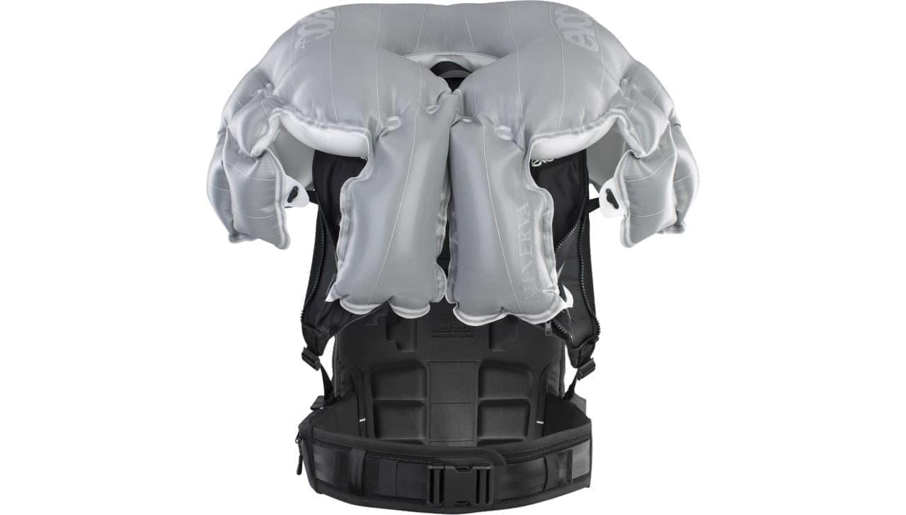 バックパックを背負うだけ 簡単装着の自転車用エアバッグEVOC Sports「COMMUTE A.I.R. PRO 18」