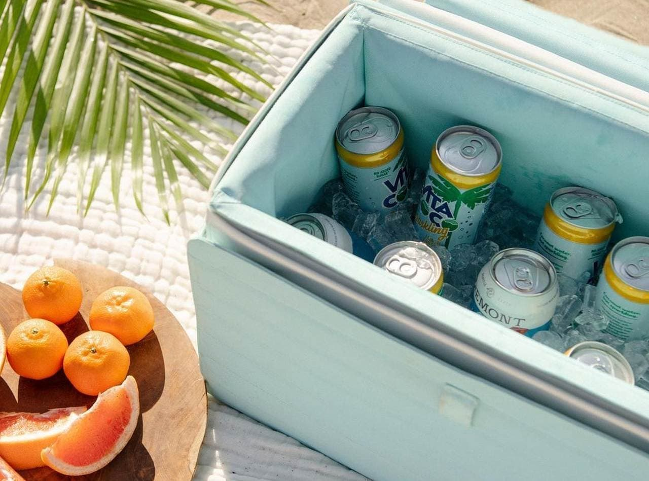 ココナツの殻で保冷するキャンプ・BBQ用クーラーボックス「Nutshell Coolers」