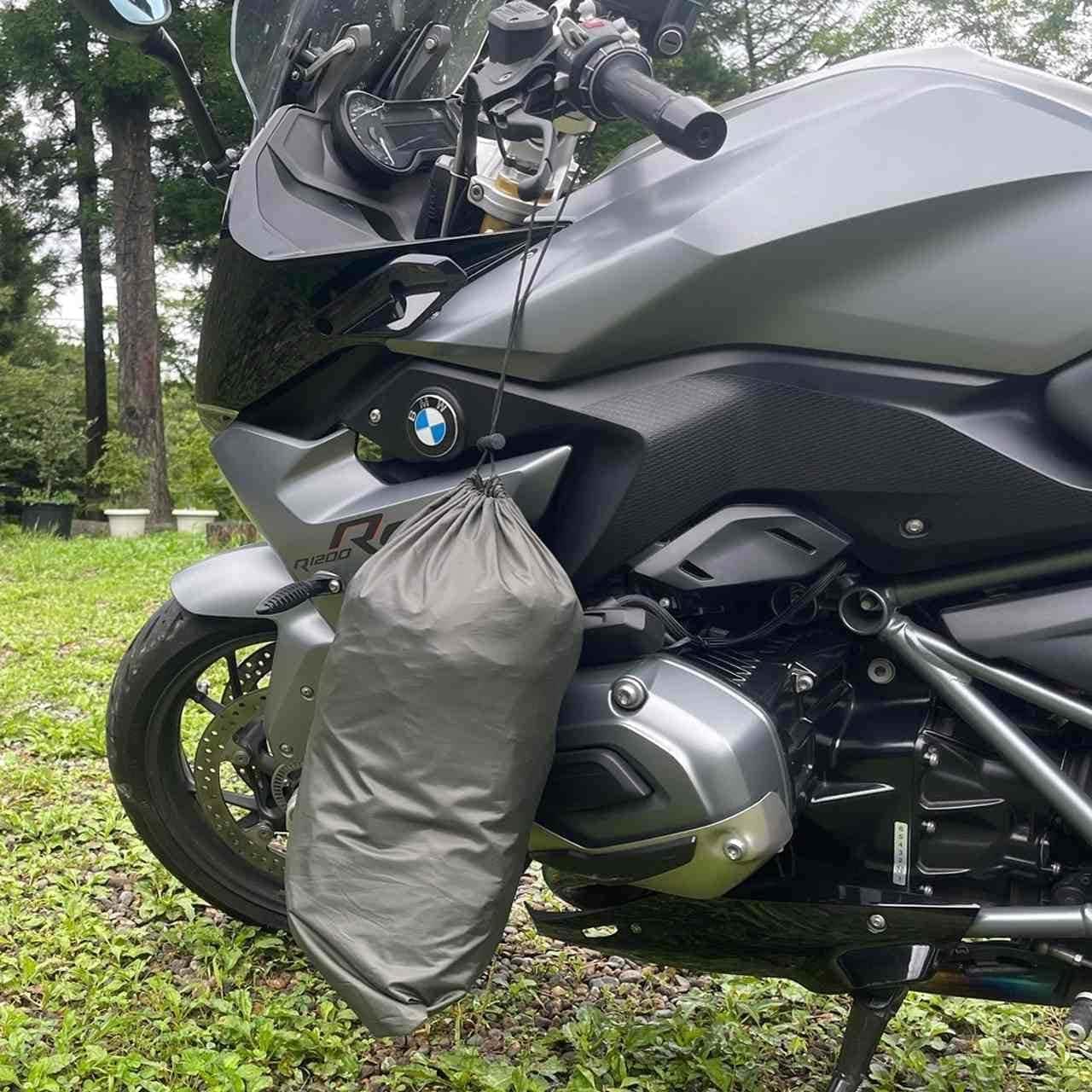 バイクがポール!重さ900gの「ツーリングテント」がCAMPFIREに登場