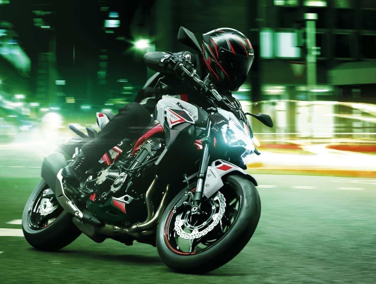 カワサキから「Z900」にニューグラフィック - アグレッシブな「Sugomi」デザイン