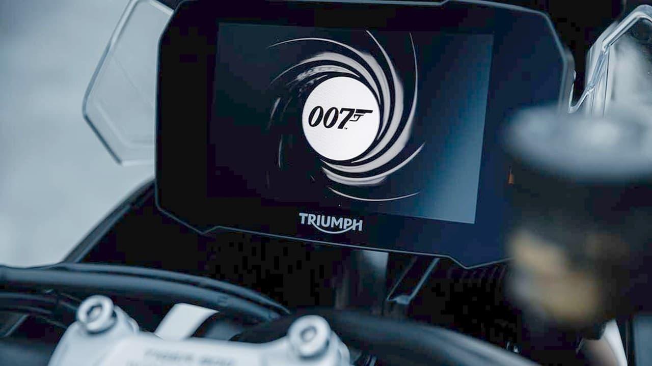 トライアンフから映画『007/ノー・タイム・トゥ・ダイ』とのタイアップを記念した「TIGER 900 BOND EDITION」250台限定で発売
