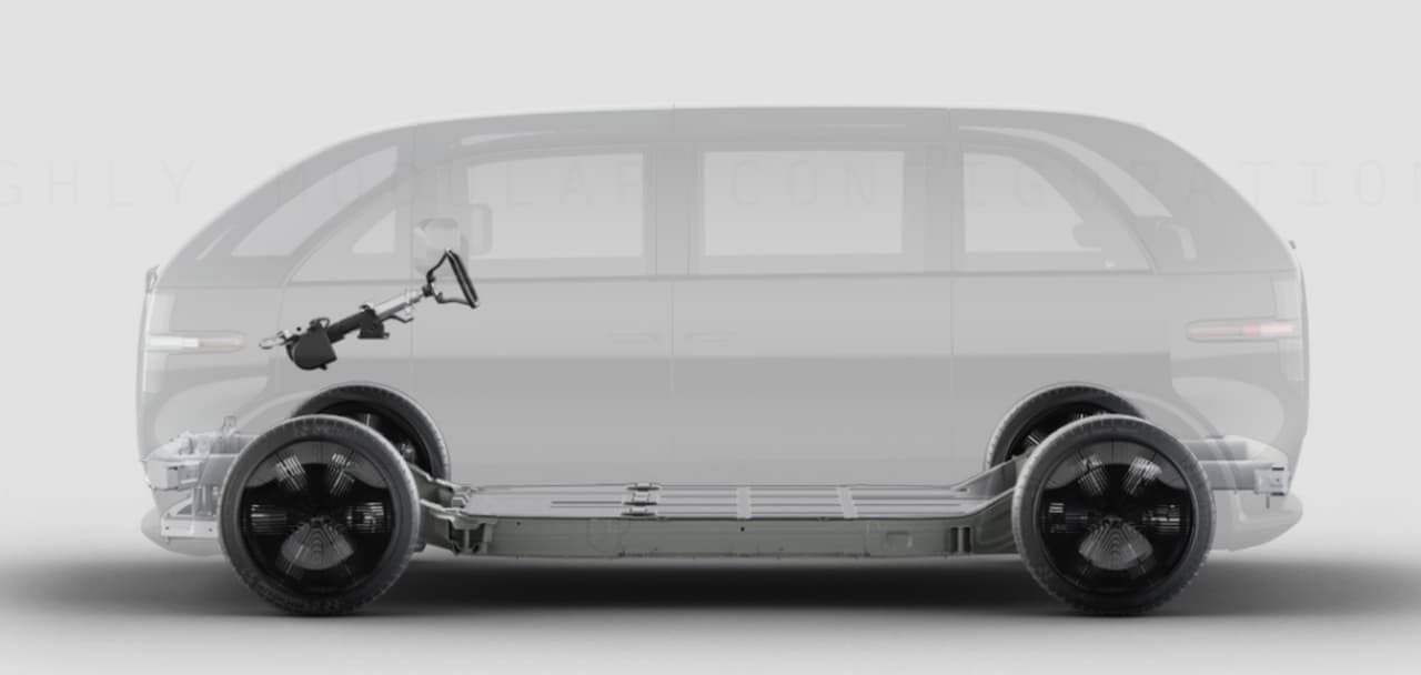 ラウンジシート付きの電動SUV Canoo「LIFESTYLE VEHICLE」アドベンチャーエディション 米国で予約受付実施中