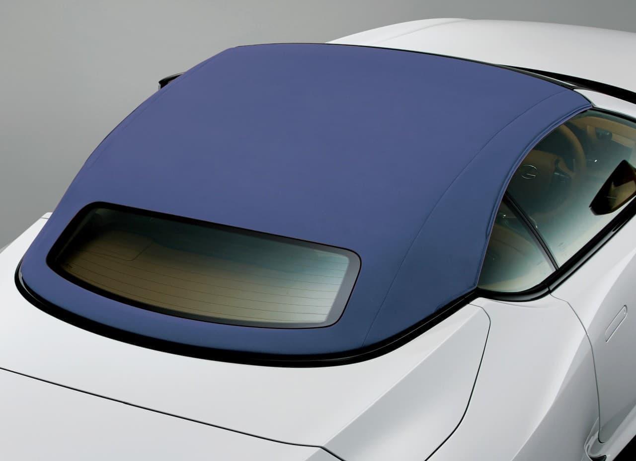 LEXUS「LC」一部改良 コンバーチブルモデルのインテリアカラーに「ブルー&ホワイト」を新設定