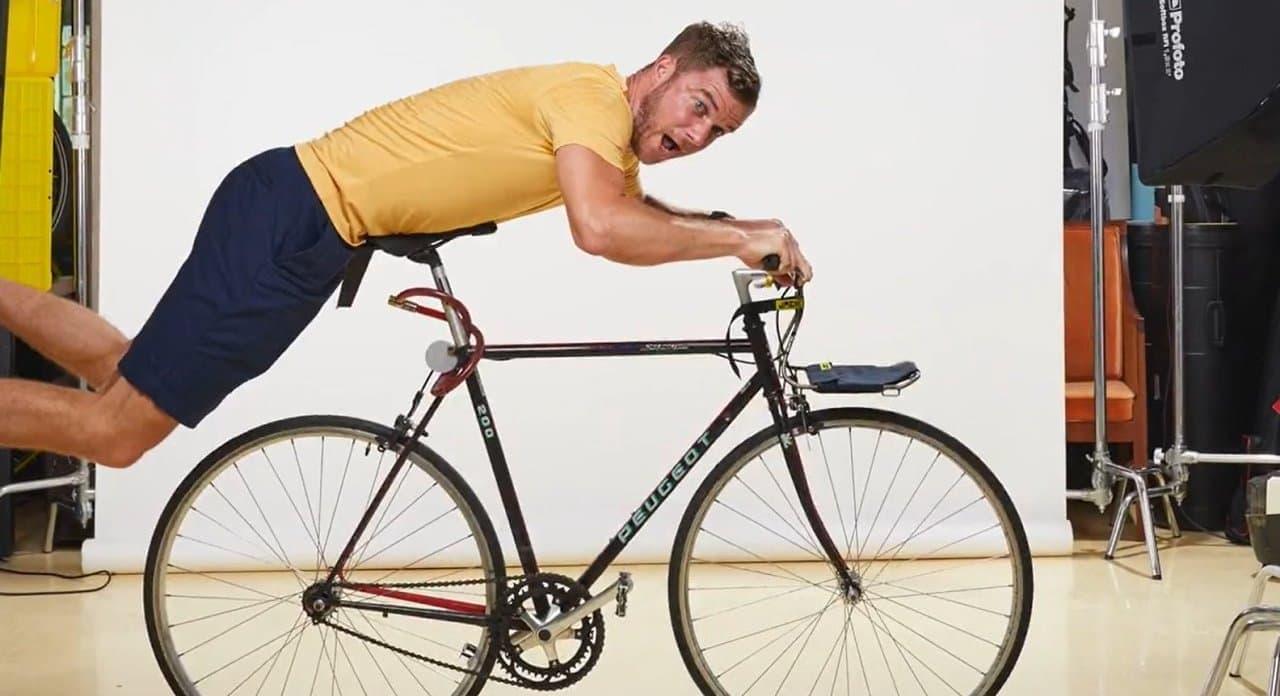 ほとんどの自転車に取り付けられるフロントラック「JACK」